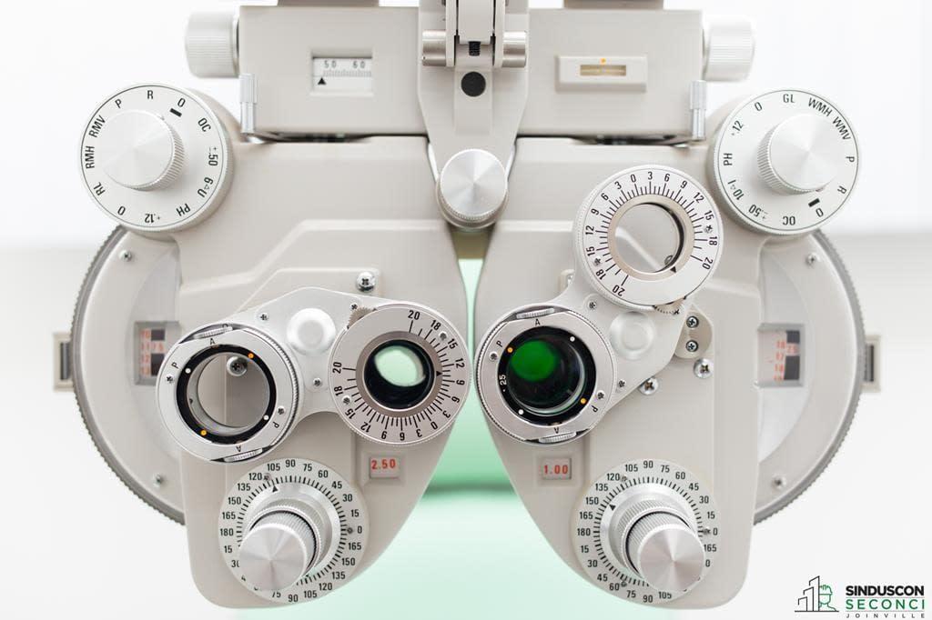 aparelho-oftalmologico