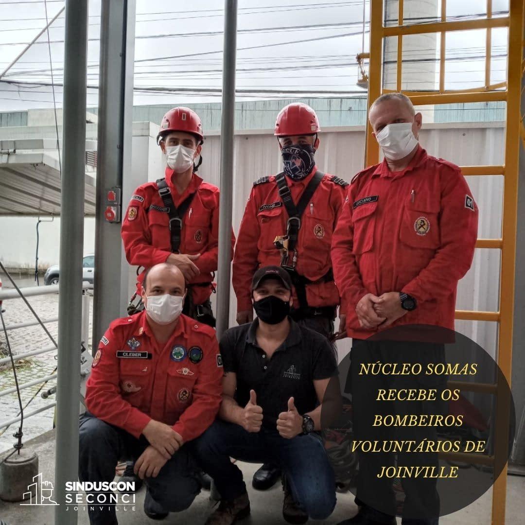 Bombeiro Voluntário faz apresentação no Núcleo SOMAS